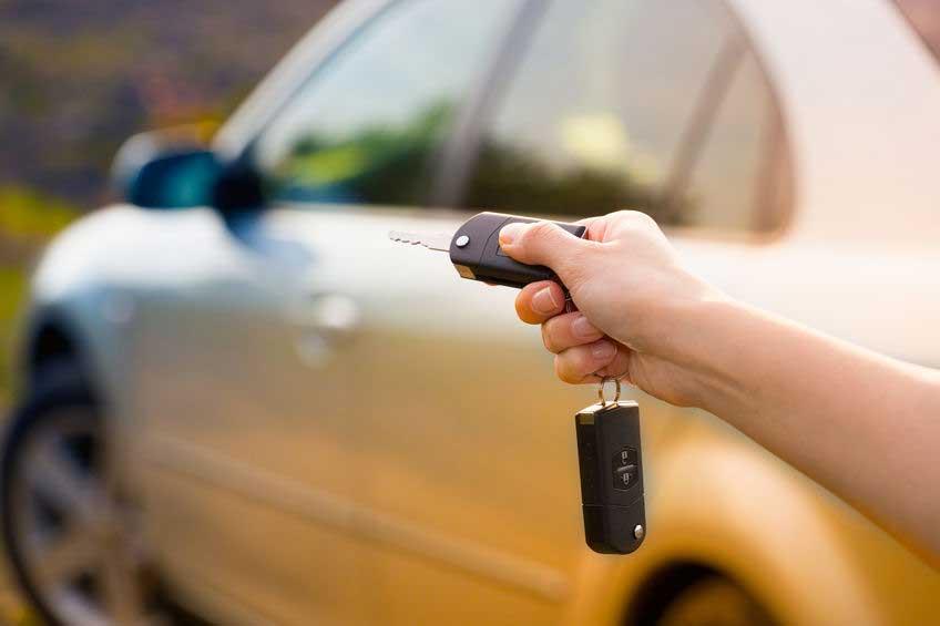 Reparación mando automóvil - Castro Urdiales